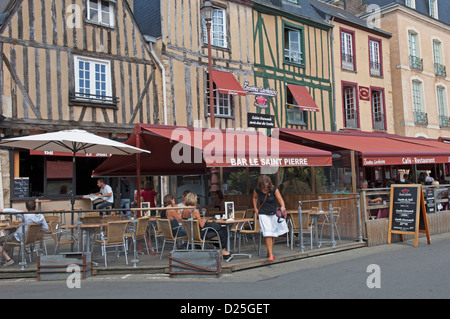 Bars in the Place de l'Aliberte in Le Mans in the Sarthe (72) departement of France - Stock Photo