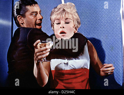 janet leigh jerry lewis three on a couch 1966 stock photo 30913274 alamy. Black Bedroom Furniture Sets. Home Design Ideas
