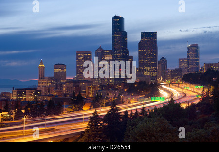 ROUTE 5 INTERSTATE HIGHWAY DOWNTOWN SKYLINE SEATTLE WASHINGTON STATE USA - Stock Photo