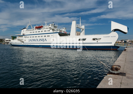 Elk192-2007 Croatia, Zadar, Dalmatian Coast, car ferry - Stock Photo