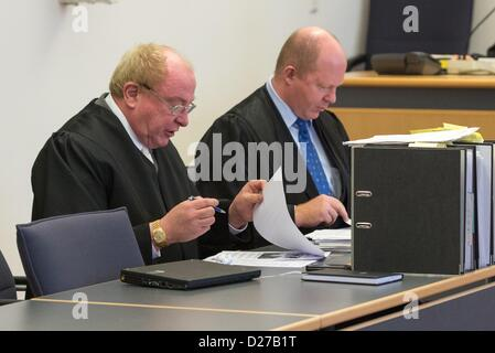Regensburg, Germany, 16th January 2013. Edgar Weiler (L) and Andreas Geipel, defence lawyers of the ultra conservative - Stock Photo