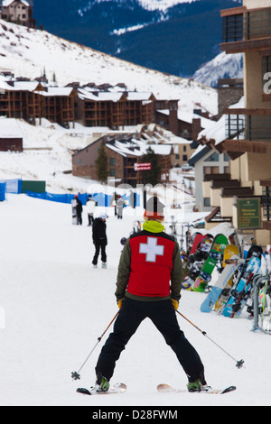 USA, Colorado, Crested Butte, Mount Crested Butte Ski Village, skiers. - Stock Photo