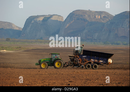 sugar factory project The omo-kuraz sugar development project  a national survey conducted regarding the sector confirms that ethiopia has more than 500,000 hectares of.