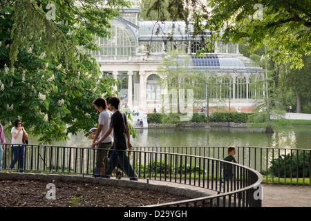 retiro park madrid spain palace crystal palacio cristal - Stock Photo