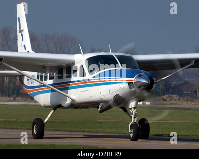Cessna 208B PH-JMP (cn 208B0583) ready for take off at Teuge. - Stock Photo