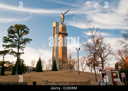 The worlds largest cast iron statue Vulcan statue on Red Mountain, Birmingham, Alabama, USA, North America - Stock Photo