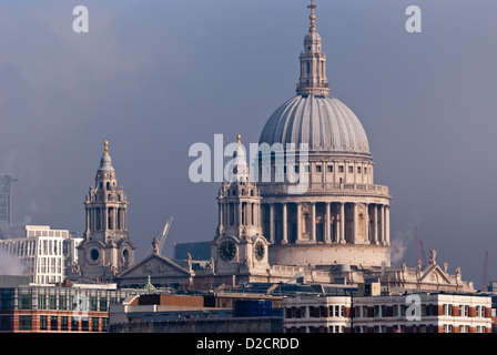 London, St Paul Cathedral - Stock Photo