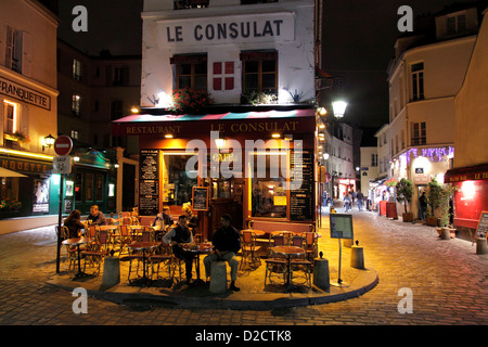 The restaurant cafe de paris in geneva switzerland stock for Restaurant le miroir montmartre