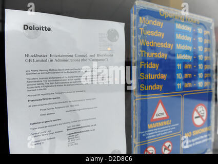 Southgate, London, UK. 21st January 2013. A sign on the door of Blockbuster from Deloitte the administrators, as - Stock Photo