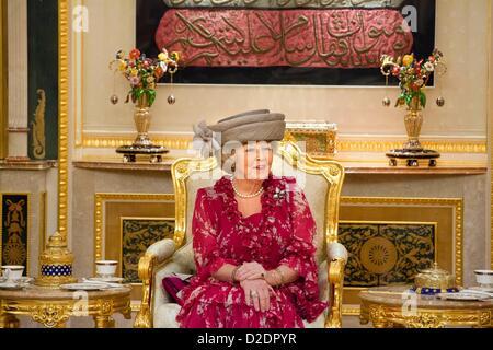Dutch Queen Beatrix is welcomed at the Istana Nurul Imam Palace in Bandar Seri Begawan, Brunei, 21 January 2013. - Stock Photo