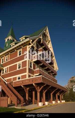 PRINCE OF WALES HOTEL WATERTON LAKES NATIONAL PARK ALBERTA CANADA - Stock Photo