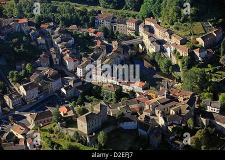 France, Puy-de-Dôme (63), Olliergues village - Stock Photo