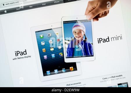 Apple iPad Mini website close up - Stock Photo