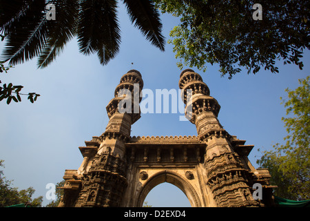 Shaking Minarets, Sidi Bashir Minars, Ahmedabad, India - Stock Photo