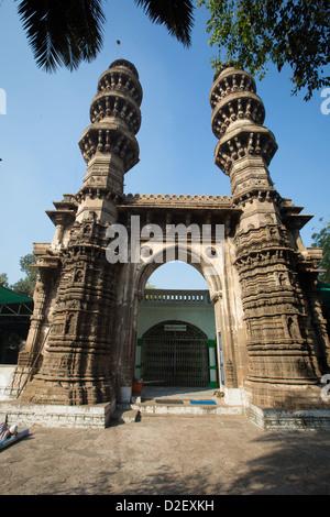Sidi Bashir Minars, Ahmedabad, India - Stock Photo