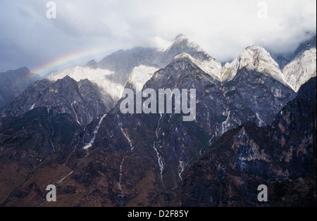 Jade Dragon Snow Mountain chain, near Tiger Leaping Gorge, Yunnan province, China - Stock Photo