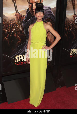 CYNTHIA ADDAI-ROBINSON PREMIERE OF SPARTACUS: WAR OF THE DAMNED LOS ANGELES CALIFORNIA USA 22 January 2013 - Stock Photo