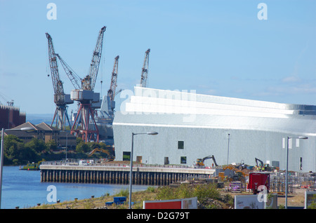 New transport museum building and cranes at Govan shipyard in Glasgow, Scotland - Stock Photo
