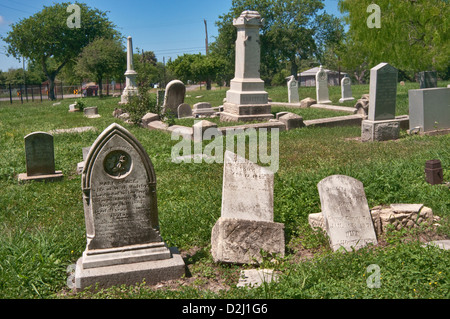 19th century tombstones at Old Bayview Cemetery, Corpus Christi, Gulf Coast, Texas, USA - Stock Photo