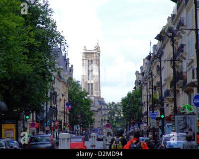 Rue de Rivoli et Tour Saint Jacques, Paris, France. - Stock Photo