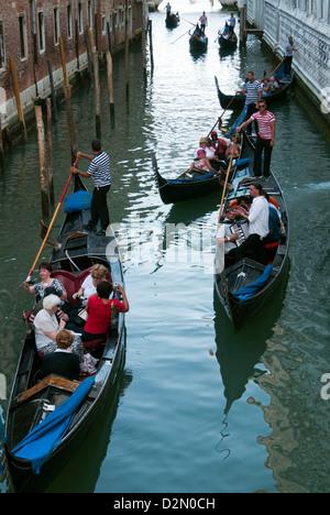 Gondolas at the Bridge of Sighs (Ponte dei Sospiri), Venice, UNESCO World Heritage Site, Veneto, Italy, Europe - Stock Photo