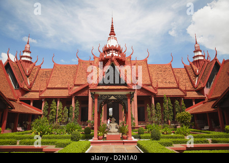 Courtyard of National Museum, Phnom Penh, Cambodia, Indochina, Southeast Asia, Asia - Stock Photo