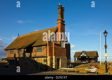 Moot Hall, a Grade I listed building, formerly a meeting hall, now a museum, Aldeburgh, Suffolk, England, UK - Stock Photo