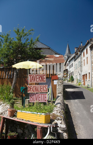 TAVERNE CHALIERS HILLTOP VILLAGE CANTAL AUVERGNE FRANCE - Stock Photo
