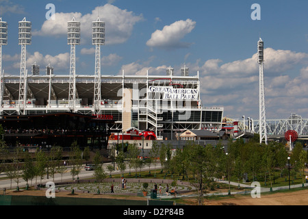 fountains at The Banks park downtown Cincinnati Ohio reds baseball river entertainment  Great American Ballpark - Stock Photo
