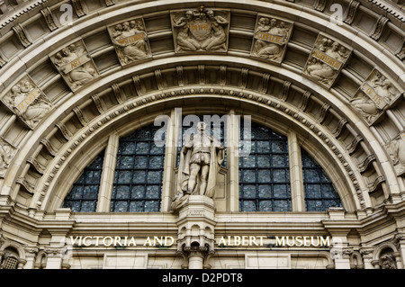 The carved archway over the main entrance to the Victoria and Albert Museum in London. - Stock Photo