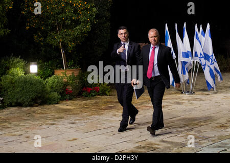 Incumbent Minister of Education in outgoing government, Gideon Saar (L), representing Likud-Beitenu, is escorted - Stock Photo