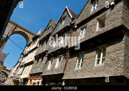 Famous houses in Ange de Guernisac Street with Viaduct in the background, Morlaix, Finistere, Brittany, France, - Stock Photo