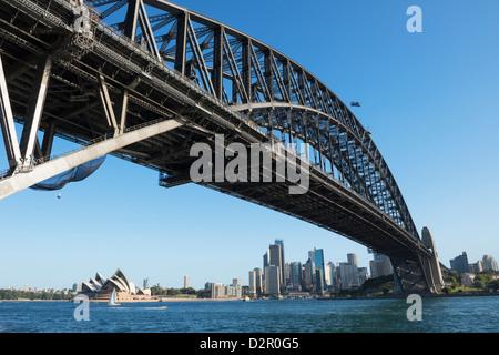 Harbour Bridge and Sydney skyline, Sydney, New South Wales, Australia, Pacific - Stock Photo