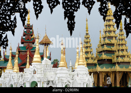 The Shwedagon Pagoda, Yangon (Rangoon), Yangon region, Republic of the Union of Myanmar (Burma), Asia - Stock Photo