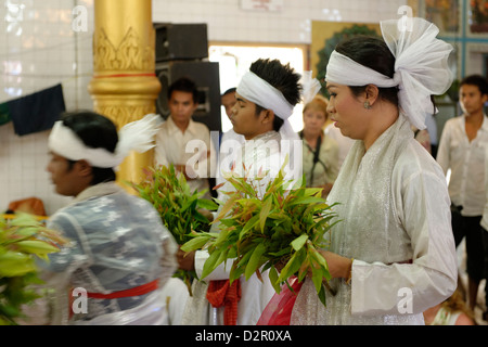 Festival of Ko Myo Shin, the most important nats (spirits) of the national pantheon, Pyin U Lwin, Mandalay Division, - Stock Photo