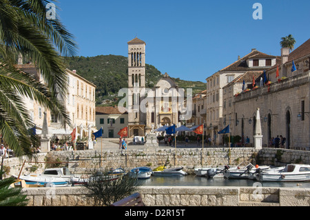 View across the main square to St. Stephens Cathedral, in the medieval city of Hvar, island of Hvar, Dalmatia, Croatia - Stock Photo