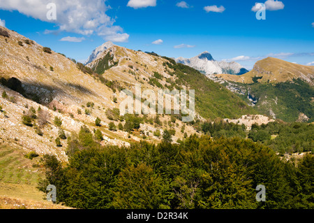 Matanna Mountain (Monte Matanna), Apuan Alps (Alpi Apuane), Lucca Province, Tuscany, Italy, Europe - Stock Photo
