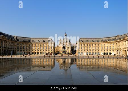 Le Miroir d'Eau (Mirror of Water) by Corajoud, Place de la Bourse, Bordeaux, Gironde, Aquitaine, France - Stock Photo