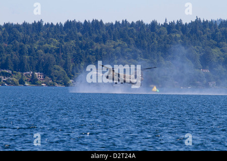 WA, Seattle, Seafair, US Army CH-47 Chinook Helicopter, Special Forces demonstration - Stock Photo