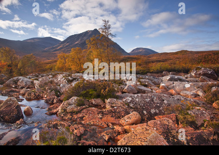 Stob a Ghlais Choire with the river Etive flowing past it, an area on the corner of Glen Coe and Glen Etive, Scotland, - Stock Photo