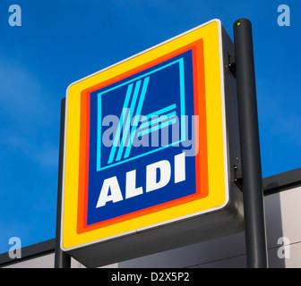 Aldi supermarket, Waterloo, Huddersfield, West Yorkshire, UK