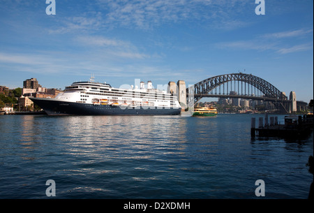 Online dating amsterdam in Sydney