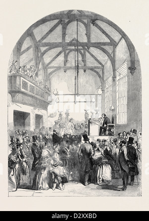 THE DUNMOW FLITCH OF BACON CUSTOM, EXAMINATION OF CANDIDATES IN THE TOWN HALL, AT GREAT DUNMOW - Stock Photo