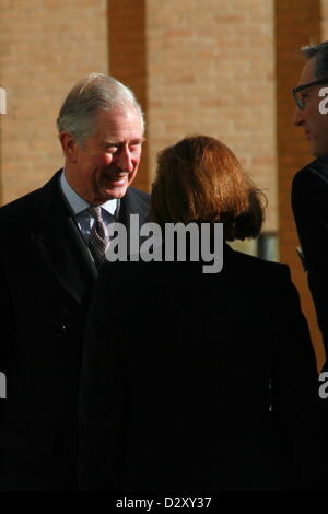 Oxford, UK. 4th February 2013. Greeting committee welcomes Prince Charles to the Said Business School. The prince - Stock Photo