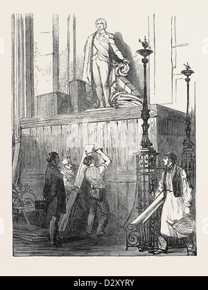 PREPARATIONS FOR THE FUNERAL OF THE DUKE OF WELLINGTON, IN ST. PAUL'S CATHEDRAL: THE NELSON MONUMENT, 1852 - Stock Photo