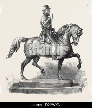 SILVER STATUETTE OF WILLIAM THE TACITURN A PRIZE FOR THE FORTHCOMING INTERNATIONAL STEEPLECHASE AT BADEN-BADEN GERMANY - Stock Photo