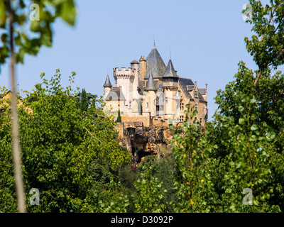 Chateau Montfort in the Périgord / Département Dordogne in Southern France. - Stock Photo