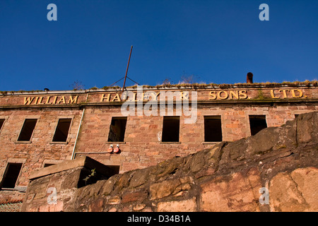 The historical and derelict 1836 William Halley & Sons Ltd Jute Mill is a Listed Building in Dundee,UK - Stock Photo