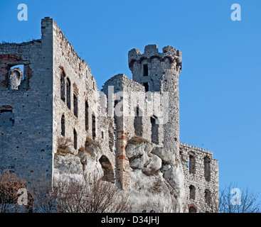 The ruins of medieval castle Ogrodzieniec in Poland. - Stock Photo