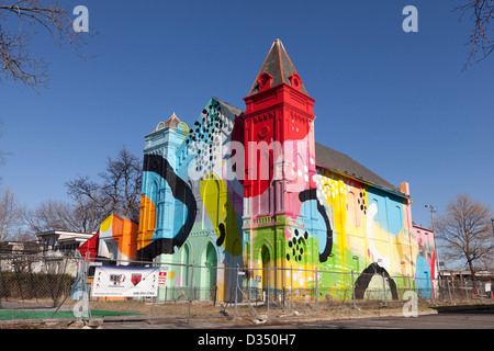 Urban mural, street art on side of building - Washington, DC USA - Stock Photo